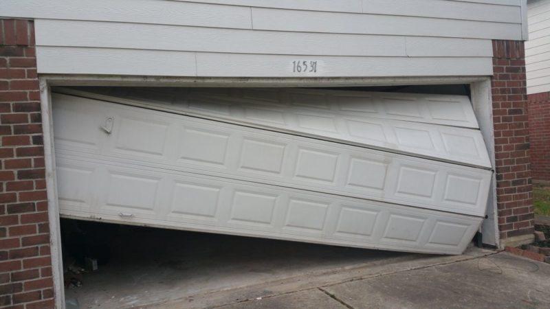 Garage door repair houston katy woodlands tx 24 7 for Houston garage door repair